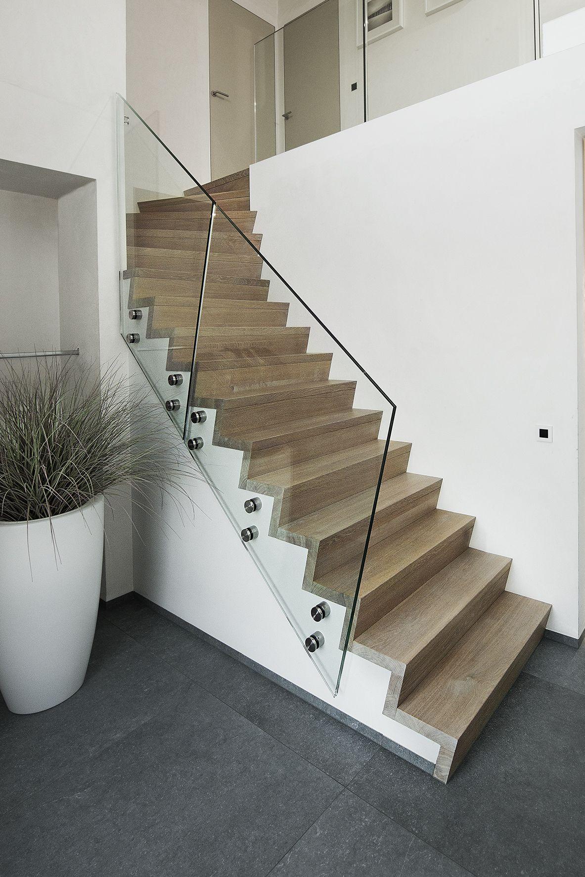 Z trappen design trappen for Trap met kwartdraai