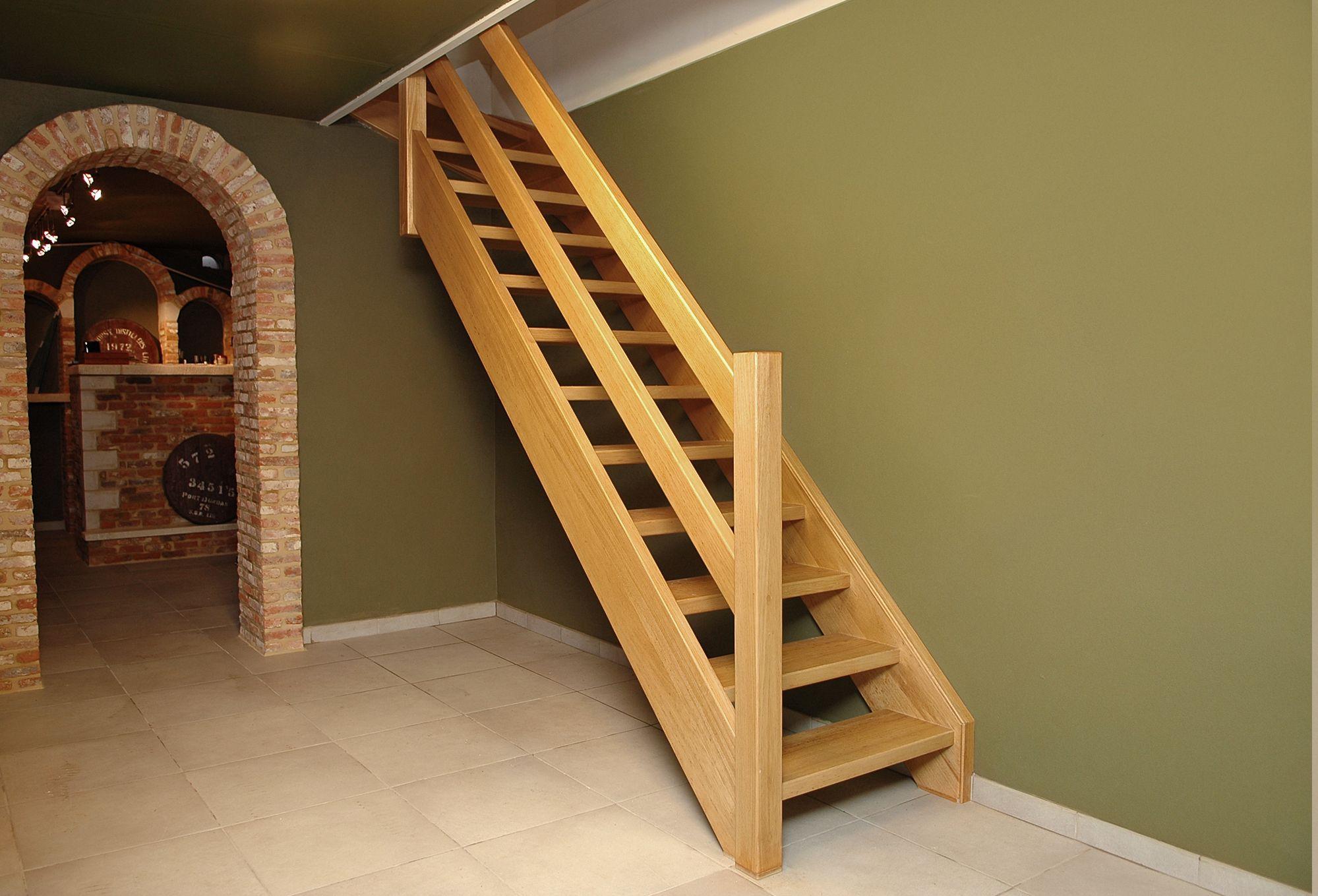 Houten trappen en deuren trappen smet
