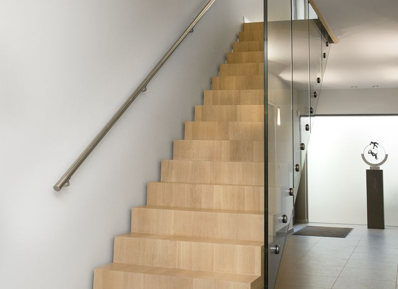 L-staircases 10