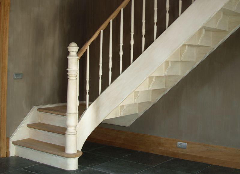 Houten trappen en deuren trappen smet for Binnenhuis trappen