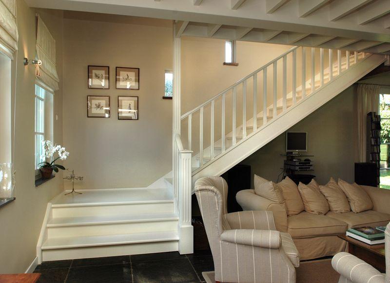 Landelijke trappen trapleuning in landelijke stijl for Landelijke kleuren interieur